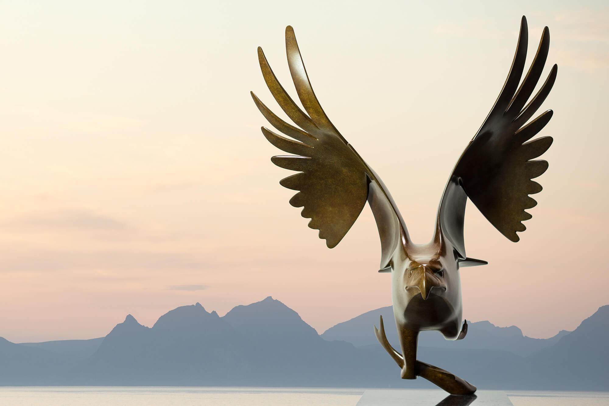 Roofvogel met vis no. 1